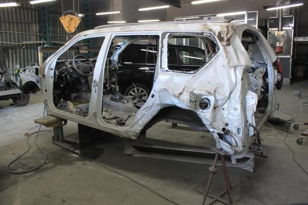 Полный ремонт кузовных повреждений